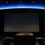 平日の映画館でエッチな人妻と過ごすエロチックな時間
